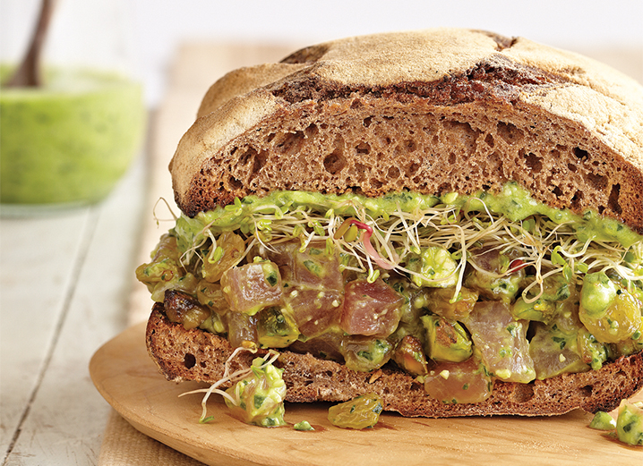 Brain Food: Ahi Sandwich with Spinach Pesto