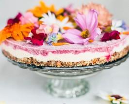 Green Kitchen Stories: The Flower Power Cake
