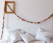 Make It By Monday: A Dried Floral Garland To Save Summer Blooms