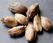 Superfood Spotlight: Cardamom