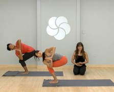 yogaworks new years detox flow alex crow the chalkboard