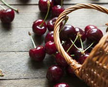 Superfood Spotlight: Black Cherries