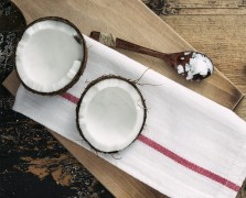 Superfood Spotlight: Coconut Oil