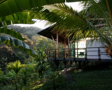 perrey reeves yoga retreat costa rica