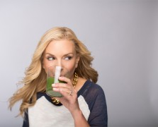grocery shopping Holli Thompson Green Juice