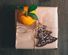 Merry + Bright: 9 Ideas To Detox Your Holidays