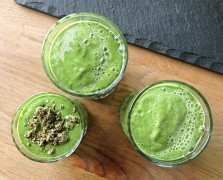 Aprés-Cleanse: An Indulgent Chocolate Spirulina Detox Smoothie