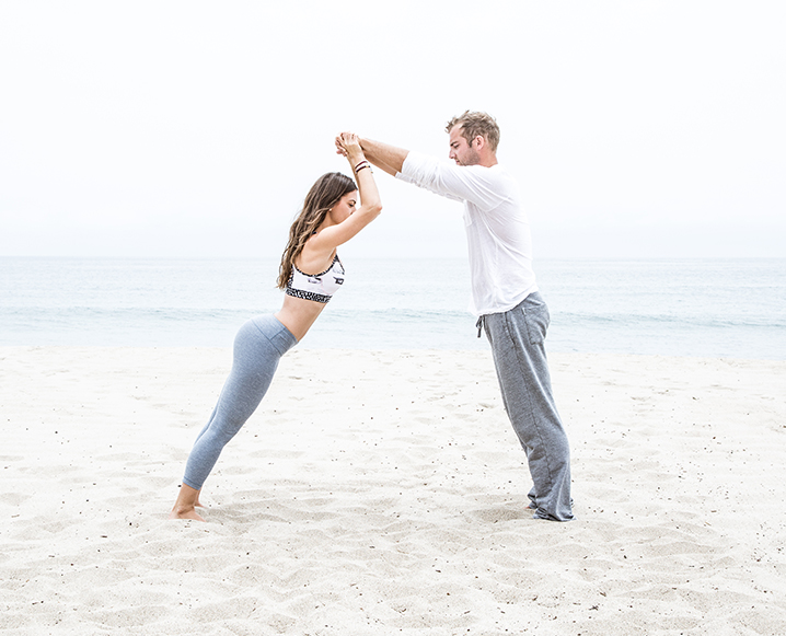 Come Together: Why Couples Yoga Is The New Date Night