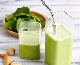 Have You Tried Kale Almond Milk? We've Got The Recipe