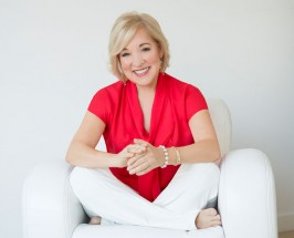 Meet our November Guest Editor: Mind-Body Pioneer Dr. Christiane Northrup