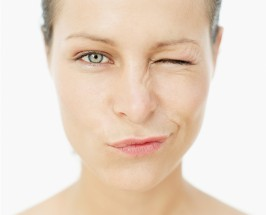The Anti-Aging Eye Massage: Using Acupressure For Beauty