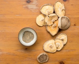 The Coffee Dupe: A Mushroom + Maca Tonic To Counter Caffeine