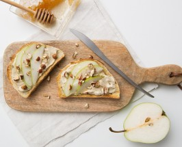 Holy Snack Busters: Vegan Cream Cheese With Ginger, Pear + Coconut