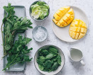 Spring In A Glass: Make This Simple Mint Mango Smoothie