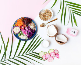 A Day in the Sakara Life with Danielle Duboise + Whitney Tingle