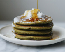 These Matcha Pancakes Are Everything We Want In The Morning