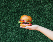 This 'Rescued Veggie' Burger From Mendocino Farms Is A Juice-Lover's Dream