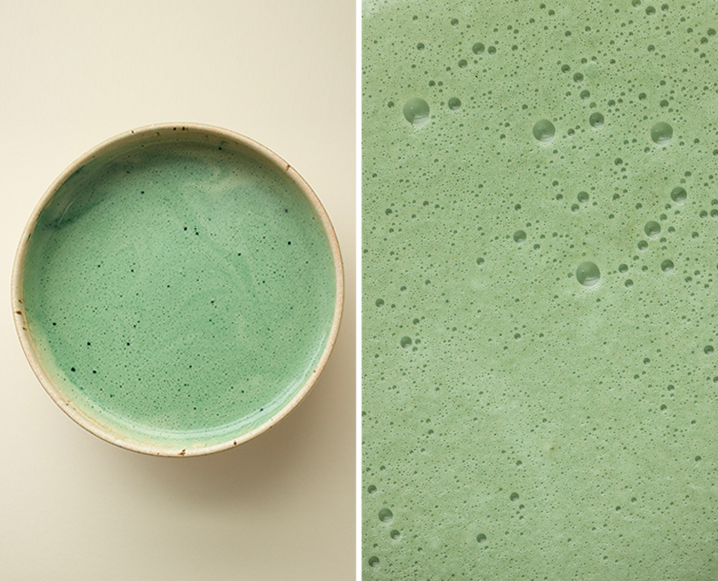 budget green smoothie and close up